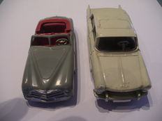 Dinky Toys-France - Scale 1/43 - Peugeot 404 No.553 & Simca 8 Sport 24S