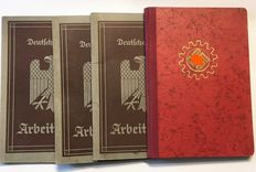 WW II Lot of 3 Workbooks and 1 DAF Book