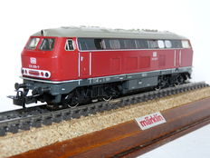 Märklin H0 - 3075 – Diesel locomotive BR 216 of the Deutsche Bundesbahn (DB)