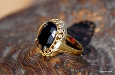 Gold-plated silver ring with garnet