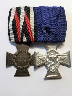 "WW I ""Clasp with 2 Medals"""