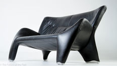 Jan Armgardt for Leolux – Echnaton two-person sofa made of black leather.