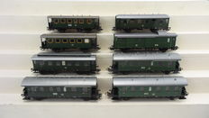 Märklin H0 - 4235/4102/4101/4100/4301 - 8 passenger carriages 1st/2nd class and mail/baggage carriage of the DB