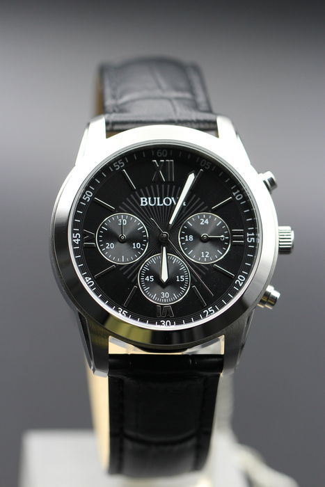 Bulova Chronograph - Men's wristwatch - Never worn, new condition