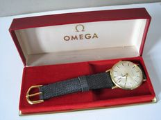 Omega - men's watch - hand-wound calibre 601 in 2 positions red gold-plated - around 1960