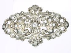 Portuguese Victorian gold backed silver brooch with diamonds, anno 1900
