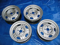 4 original new German Volvo rims for among others the 340 / 360