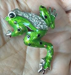 Danecraft vintage frog brooch New York 1965-1970