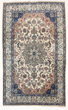 Persian carpet, very fine Keshan with silk, 220 x 136 cm