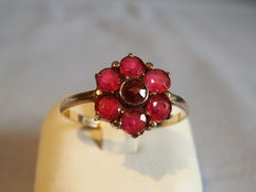 Gold ring with rubies approx. 1.05ct in total