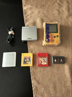 Gameboy pocket and gameboy Advance with 3 games