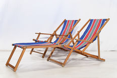 Designer unknown – 2 vintage beach chairs