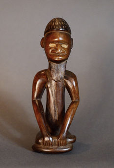 African Tribal BEMBE or BABEMBE Power Figure. Democratic Republic of the Congo.
