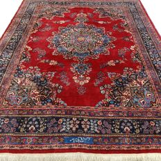 Signed Meshed - 334 x 250 cm - impressive, large eye-catcher - Persian carpet in beautiful condition.