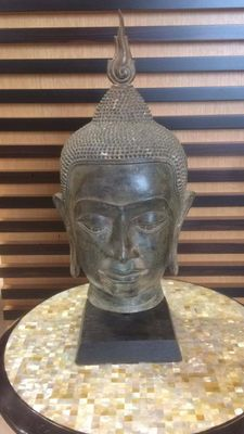 Head in bronze – Thailand – second half of the 20th century.