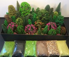 Noch/Busch/Faller H0 - Scenery Trees 77 pieces and 6 bags of ground cover