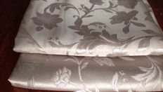 Elegant vintage fabric, 11.40 m, Louis XVI style,  damask with branch motif and silver thread, 20th century
