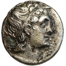 Ancient Greece - Ptolemies - CLEOPATRA VII. - beloved Marc Antony - (51-30 BC) BI-Tetradrachma, Alexandria, eagle