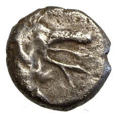 Ancient Greece - Caria - Kindya (~400 BC) AR Diobol, Gryphon's head, lattice design!