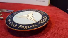 1980's enamel grill badge Mercedes Benz SL - Club Pagode