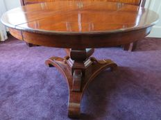 Biedermeier mahogany table on three legs, mid-19th century