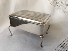 Silver jewellery box on legs, Robert Pringle & Sons, London, England, 1928