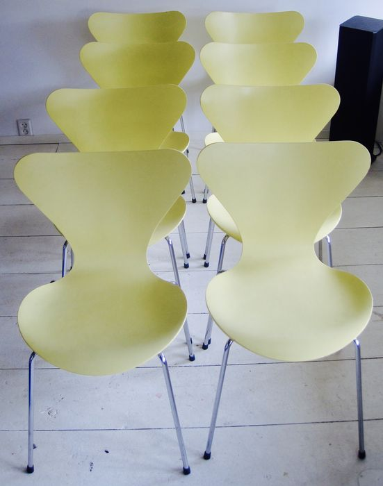 Arne Jacobsen For Fritz Hansen 8 Chairs Type Butterfly Model 3107