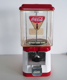 Vintage Gumball Machine - Coca Cola - 10 Cent