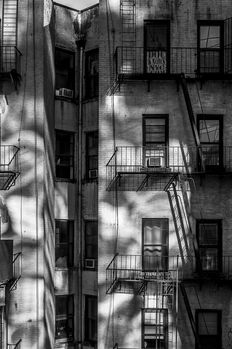 Paul Robert (1955-) - NYC backside