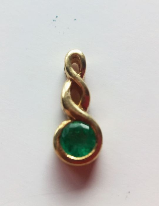 18 kt. Gold - Pendant - 0.25 ct Emerald
