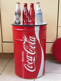 Coca Cola drum / seat 1970's and 4 limited edition bottles