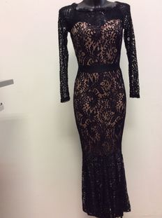 Paccio – lace evening gown