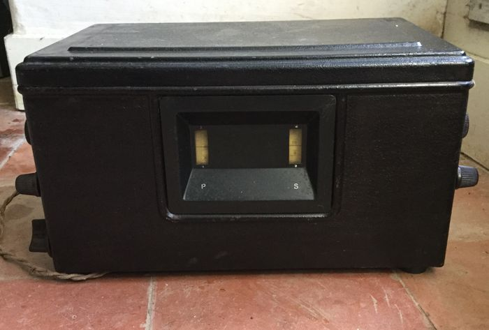 """Philips Tube radio type 2534 from 1929, """"the sandwich box"""" for sale"""