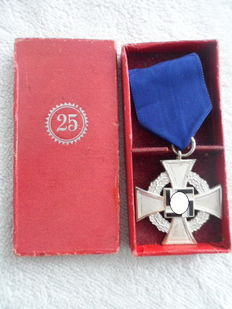 III Reich 25 years service in box