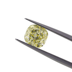 Natural Fancy Light Yellow VVS1 2.36 ct. Cushion shape Diamond, GIA certified