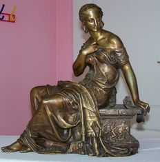 Attractive bronze sculpture of a seated young woman in classical style - signed Moreau - France - ca 1900