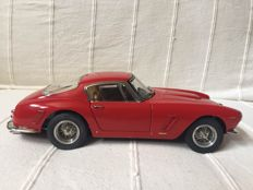 CMC - Scale 1/18 - Ferrari 250 GT Berlinetta short wheelbase (SWB) 1961 - red