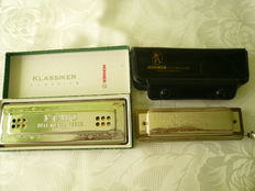M. Hohner, the Echo Harp Klassiker and Chromonica 260 C, lot of 2 harmonicas, made in Germany, in original packaging