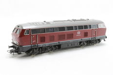 Roco H0 - 4151A - Diesel locomotive BR215 of the DB