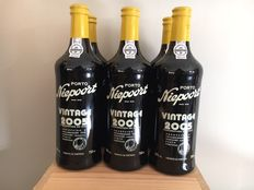 2005 Vintage Port Niepoort – wooden box 6 bottles.
