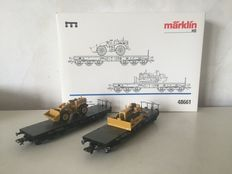 Märklin H0 - 48661 - Two heavy duty carriages with two caterpillar earthmoving machines
