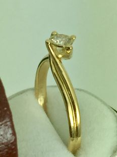 18k gold engagement diamond ring - 0.25 ct - size 54