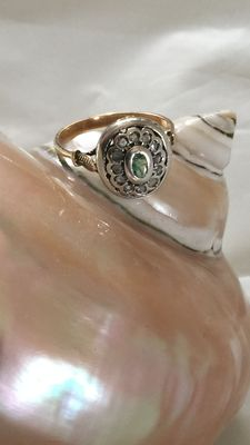 Antique style ring with rosette diamonds – NO RESERVE PRICE