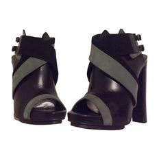 Balenciaga – Ankle boots with high heels
