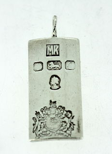 Solid Sterling Silver Ingot Pendant 925/1000 - Pendant size : 4.3 x 1.7 x 0.7 cm - Total weight : 18 g - No reserve price