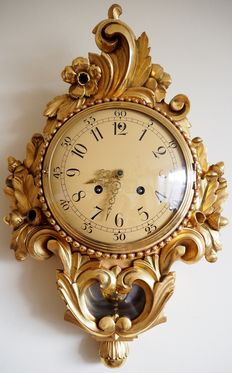 Swedish hand carved wooden gold-plated Rococo style, Westerstrand Cartel Wall Clock - first half 20th century
