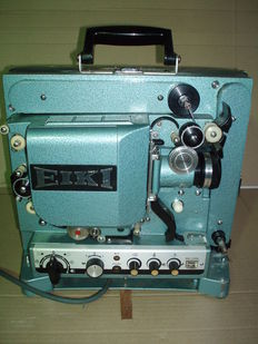 Eiki RT-3 film projector