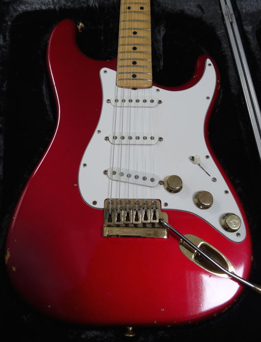 fender stratocaster the strat 1 candy apple red usa 1982 catawiki