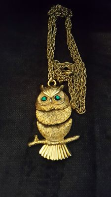 Napier Owl pendant with necklace New York 1950-1955