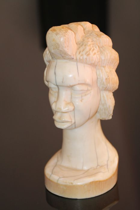 Antique ivory hand carved buste head face native ethnic african art woman / girl - D.R. Congo 1920